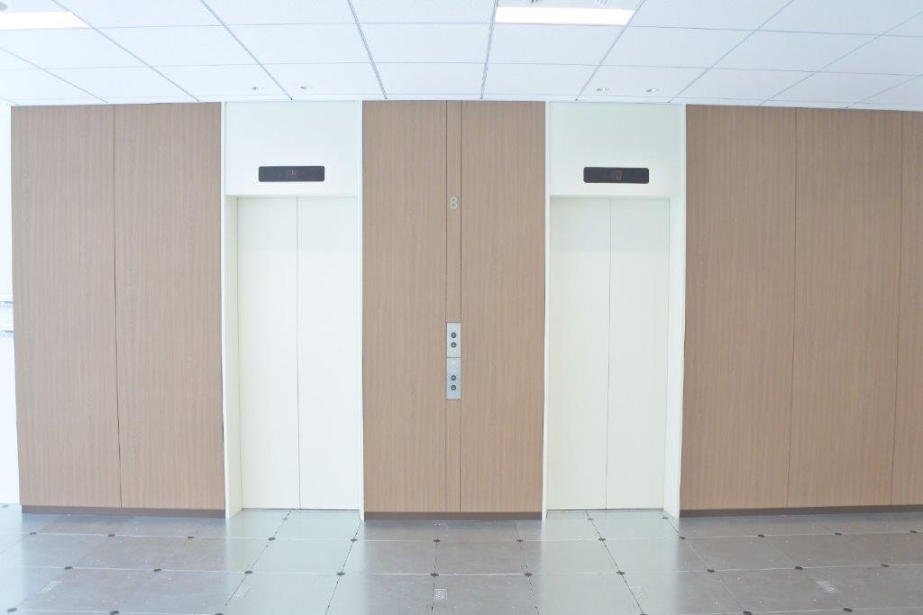 麹町PREXエレベーター