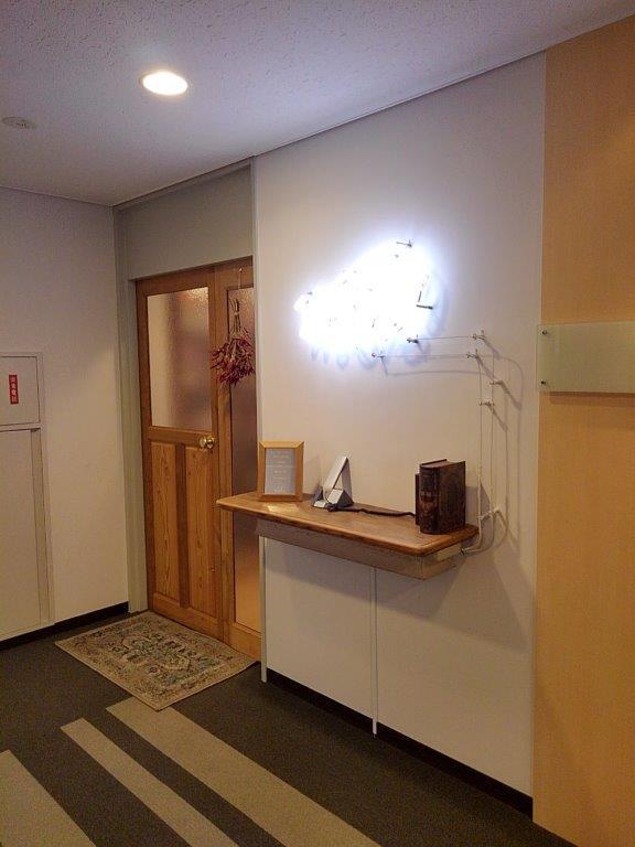 ウッド調オフィス室内写真