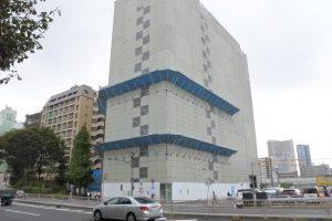 取壊し中のビル